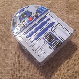 Star Wars R2D2 tin box-barely used! VERY COOL 💙
